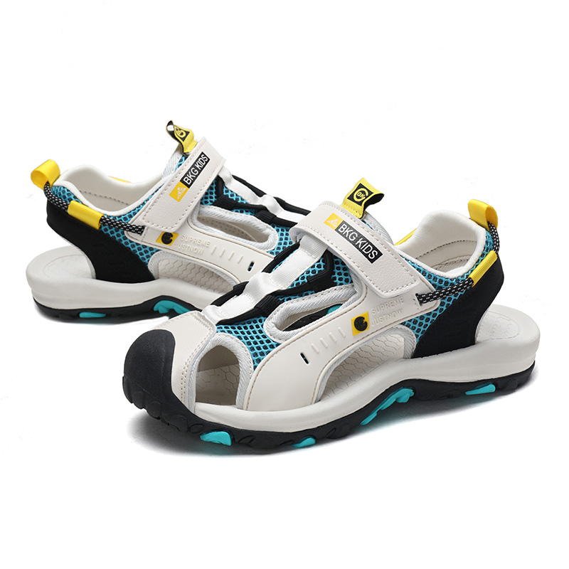 2020 Children Sandals Boys Beach Shoes White Big Kids Sport Shoes For Boy Fashion Summer Footwear Closed Toe Boy Sandal