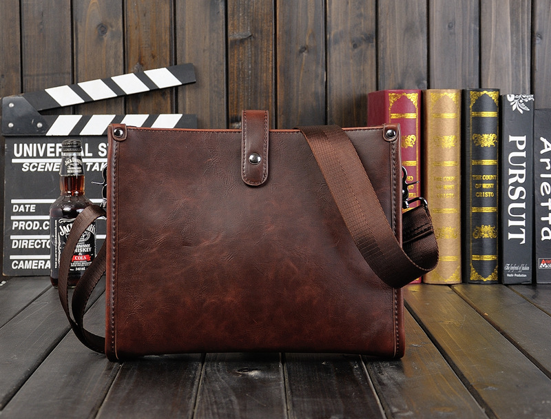 Men's Single Shoulder Slung Casual Ipad Retro Bag