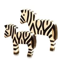 2 pçs/lote casal madeira zebra decoração ornamentos estatuetas modelo zebra miniaturas artesanato presente de casamento para decoração de casa Estatuetas e miniaturas     -