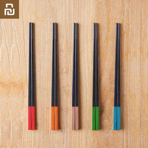 Image 1 - Mijia Youpin Yiwuyishen Rainbow Meal Alloy Chopsticks 5 Pair Stylish Beautiful New Materials Eliminate Mold Household Chopsticks