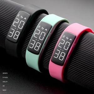 Image 5 - Moda kamuflaż zegar świetlny zegarek cyfrowy wodoodporny kobiet elektryczny LED zegarki sportowe inteligentne ładowanie bransoletka zegarek