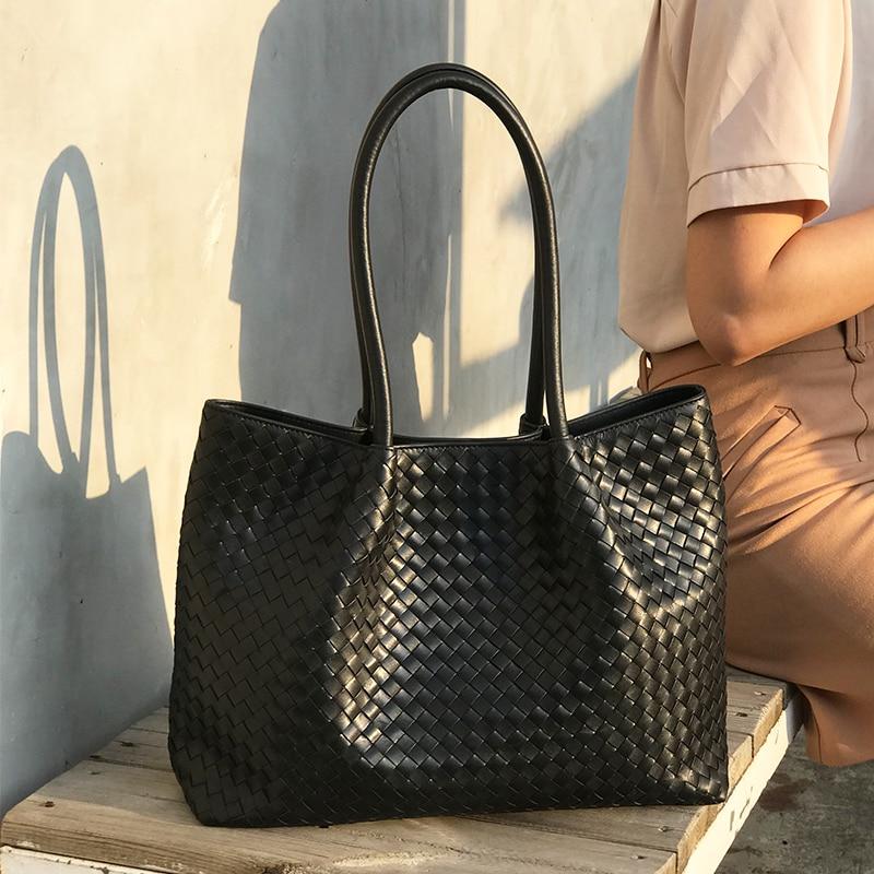 Women's Shoulder Bag Luxury Brand Handbag 100% Sheepskin Leather Woven Bag Large Capacity High Quality 2019 New Original Quality