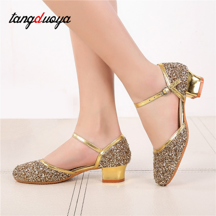 Female Latin Dance Shoes Gold Silver Latin Dance Shoes 3.5CM Low With International Dance Latin Dance Shoes Fashion Dance Shoes