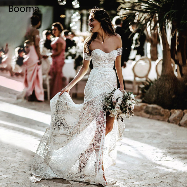 Simples boho sereia rendas vestidos de casamento marfim fora do ombro trompete boêmio vestidos de noiva praia longa vestidos de noiva 1