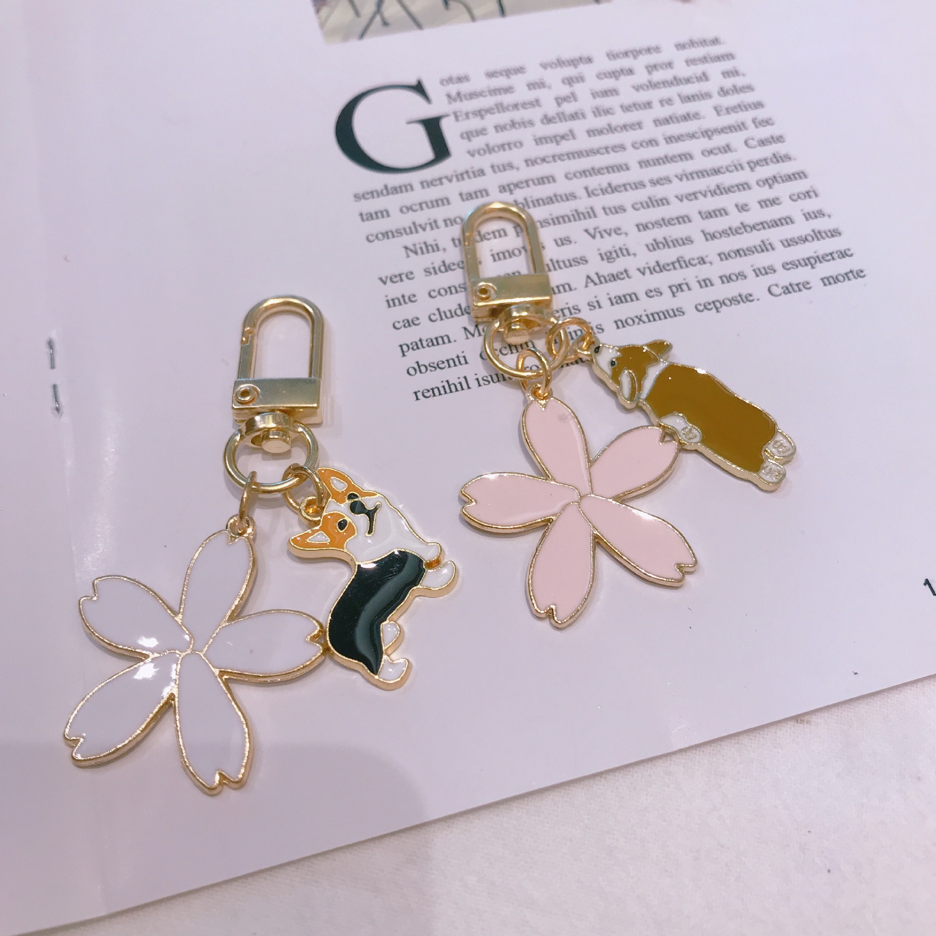 Cartoon Dog Flower Gold Keychain For Girl Women Key Chains Ring Car Bag Pendant Charms Airpods Accessories