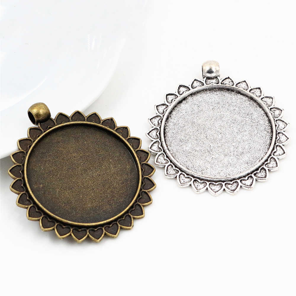 2pcs 30mm Inner Size Antique Silver and Bronze Classic Style Cabochon Base Setting Charms Pendant