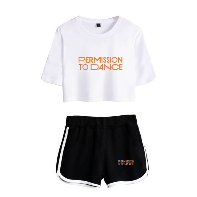 SET PERMISSION DANCE SHORT + T-SHIRT (7 VARIAN)