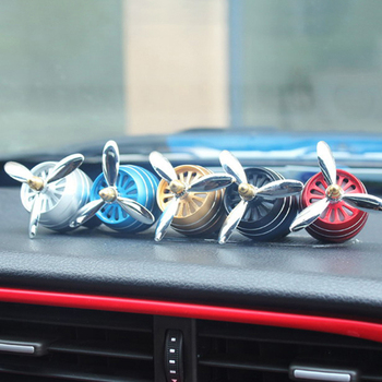 Car Smell LED Mini Conditioning Vent Outlet Perfume Air FreshenerClip Fresh Aromatherapy Fragrance Alloy Auto Good Accessories image