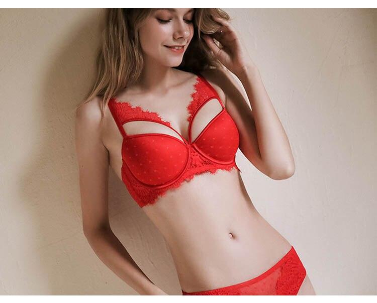 CINOON New Plus Size Underwear Sexy Lingerie Set Push up Bra Set Intimates Temptation Lace bra+panties+garter 3 PcsLots (21)