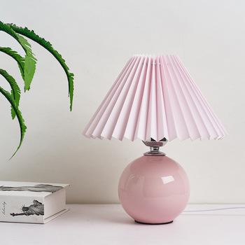 Koreański Vintage tabeli lampy do sypialni oświetlenie do salonu lampy zakładki tkaniny ceramiczne lampy biurko biuro badania oprawy oświetleniowe tanie i dobre opinie XMQWL CN (pochodzenie) MULTI Wiszący Korean Vintage Pleats Table Lamp Materiałowy Wtyczka UE 90-260 v Pokrętło Żarówki LED