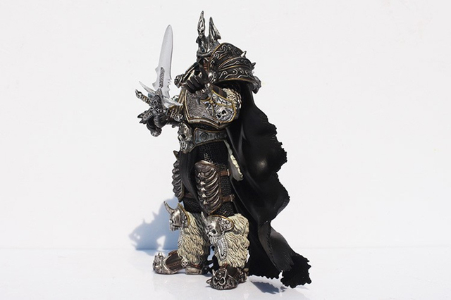 2019 Game Movie Anime Figurine WOW Fall of The Lich King Arthas Menethil figure 17.5CM Action Figure Model Toys Doll For Gift