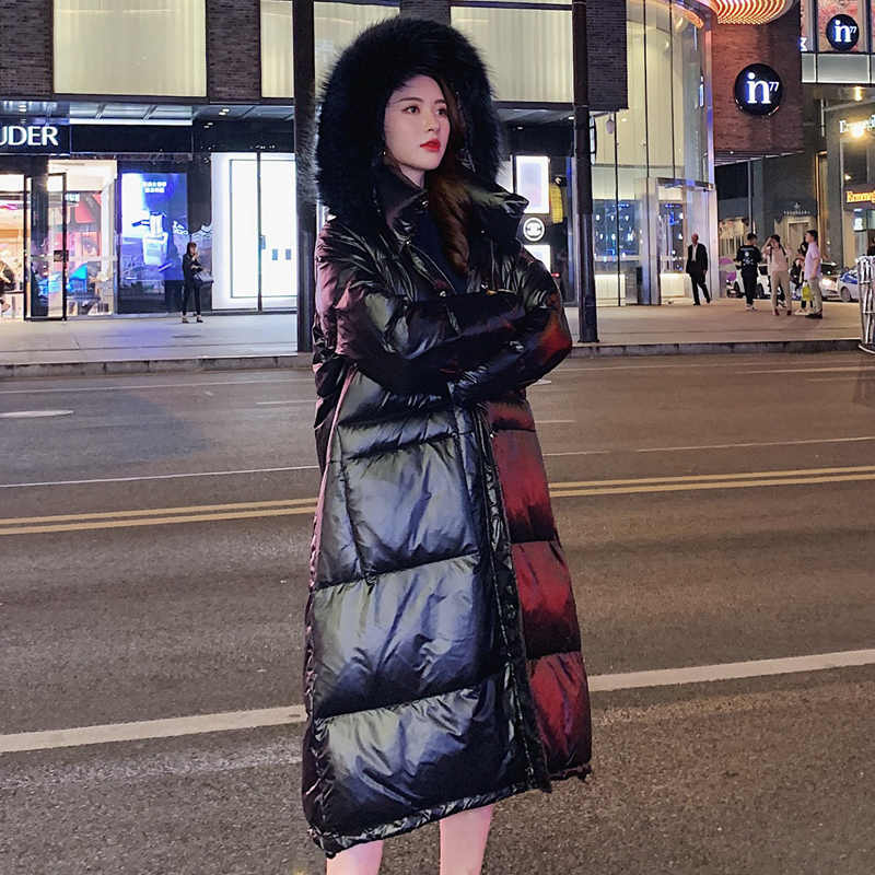 Утепленные пуховики пальто 2019 воротник из натурального меха