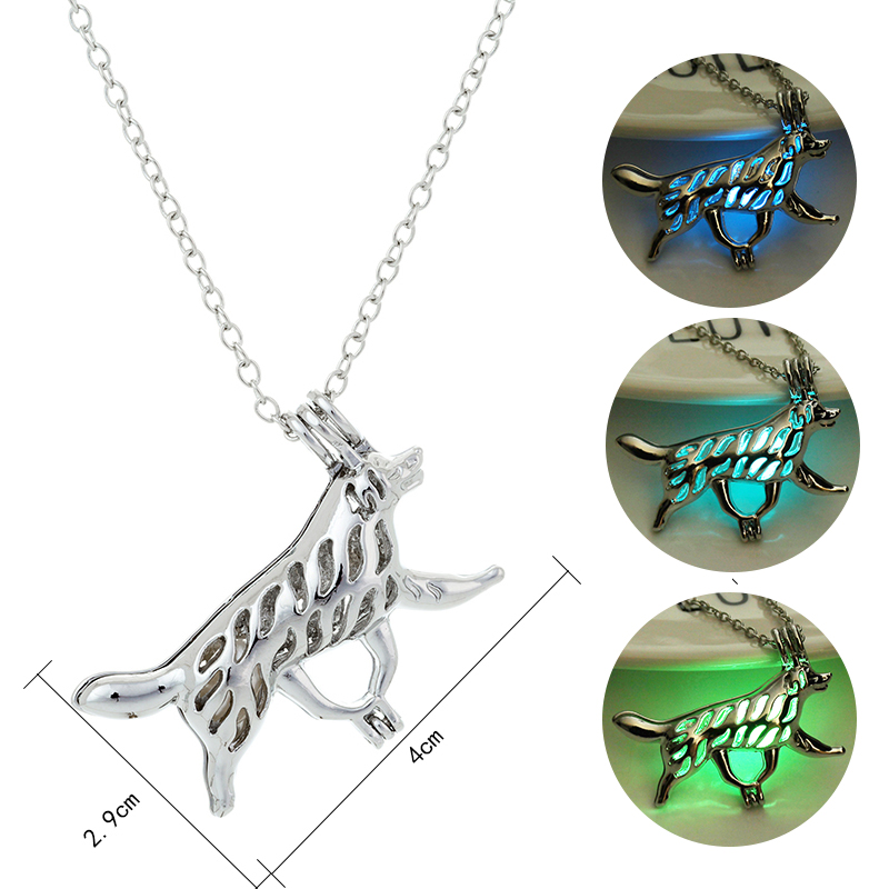 3 Color Hollow Luminous Pendant Necklace Glow in the Dark Long Necklaces Glowing Wolf Necklace Fashion Charm Man Women Jewelry
