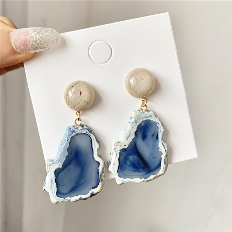 Fashion Popular Retro Haze Blue Resin Stud Earrings Temperament Niche Retro Geometric Earrings Long Jewelry Accessories