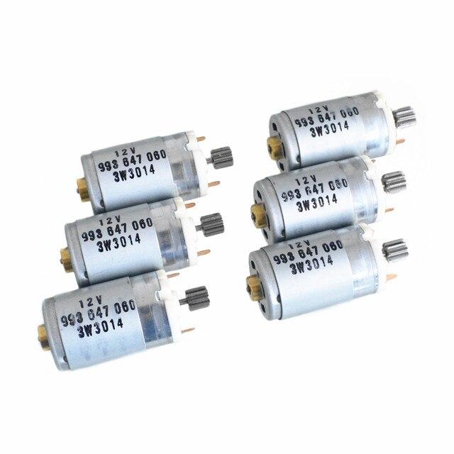 車のスロットルコントローラ電子スロットル制御モータ 12v直流のoemオートターボのために適合