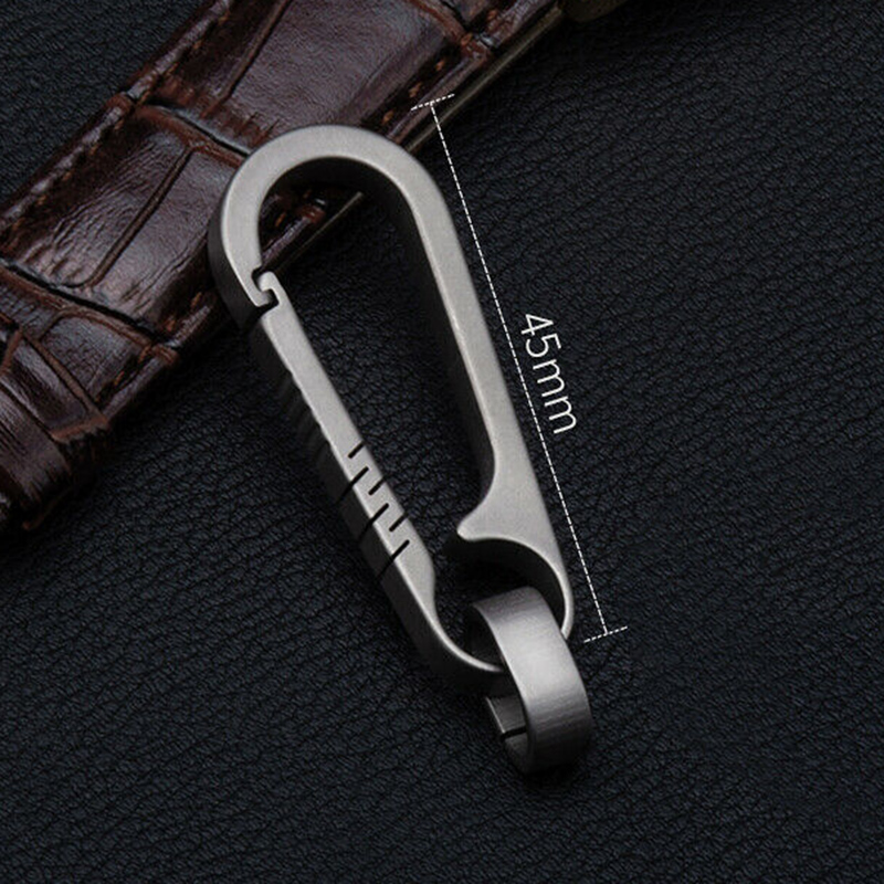 Hot Selling Men's Titanium Alloy Keychains Car Key Waist Keychain Pendant Hanging 55mm 55LB Load Capacity Backpack Buckle