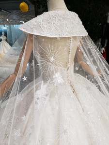 Image 5 - BGW HT5610 Luxury Swollen Wedding Dresses With Detachable Special Cape Illusion Back Luxury Handmade Ball Gown Wedding Gown 2020