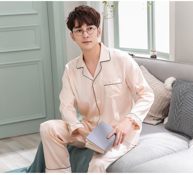2019 New Autumn Sleepwear Male Pajama Set Soft Nightgown For Men Pyjamas Sleep Lounge Big Size M-3XL Satin Silk Pajamas Long Men