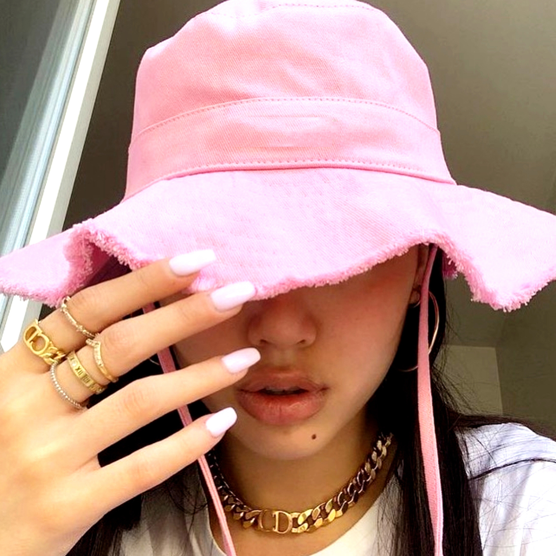 Woman Summer Le Bob Artichaut Bucket Hat