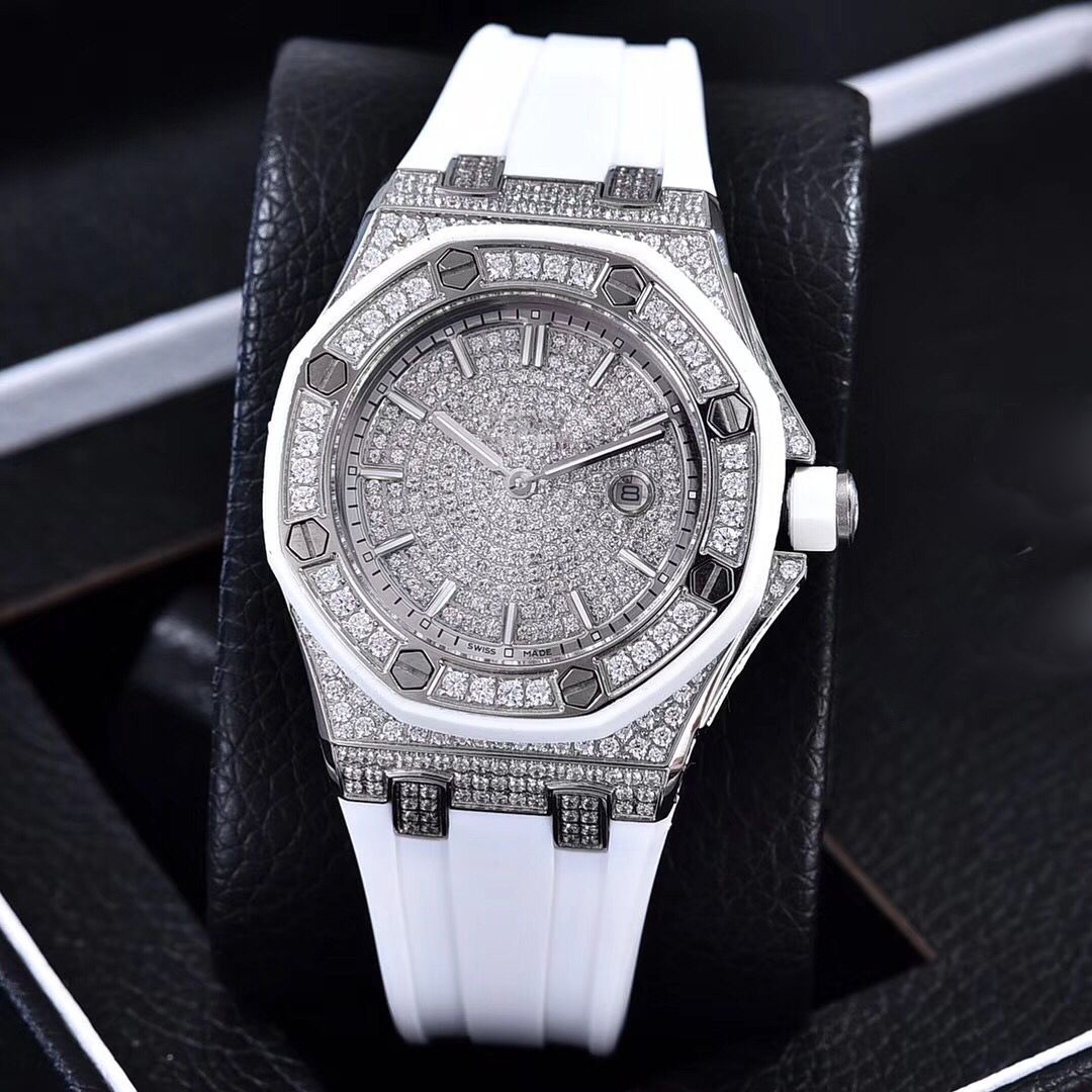 Full diamonds yellow gold Iced out watch 37mm szie women watch quartz ladies watches gold case red dial rubber strap - 2