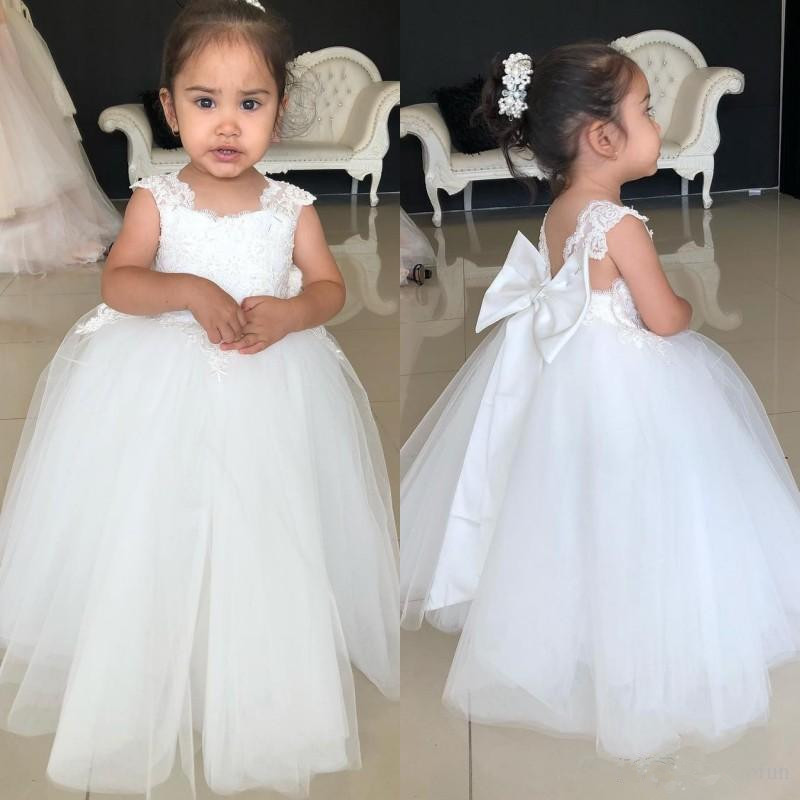 Lovely Princess Flower Girls Dresses Off Shoulder Tulle Hand Made Flowers Floor Length Birthday Girl Pageant Gowns