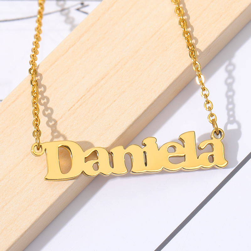 Customized Fashion Silver Gold Chain Stainless Steel Name Necklace Personalized Letter Choker Necklace Pendant Nameplate Gift