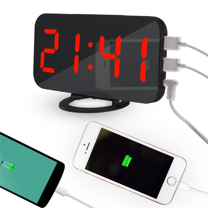 Digital Mirror Alarm Clock with LED Display and Snooze Function including 2 USB Charger Ports Used for Desk Decoration