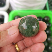 Natural crystal ball crystal transparent is necessary to decorate the house can ward off evil spirits