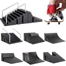 Dzieci Finger deskorolki Skate Toy Skate Park Ramp Set Tech praktyka Deck śmieszne wnętrze ekstremalne sportowe palce zabawki szkoleniowe tanie tanio 5-7 lat Brozebra Certyfikat 14*14*7cm CN (pochodzenie) TTS00112 Z tworzywa sztucznego