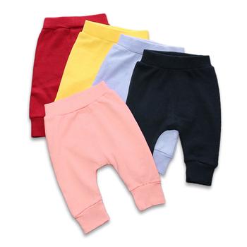 Nowonarodzone spodnie dla niemowląt jednokolorowe cztery pory roku miękkie bawełniane spodnie dla niemowląt spodnie dla maluchów chłopięce spodnie na co dzień Harem Pants niemowlęce ubrania tanie i dobre opinie CN (pochodzenie) Unisex W wieku 0-6m 7-12m 13-24m Stałe baby REGULAR Pełna długość COTTON Dobrze pasuje do rozmiaru wybierz swój normalny rozmiar