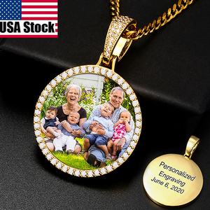 Round Medallions Custom Photo Pendant Necklace Men Hip Hop Jewelry Personalized Custom Name Engraved Pendant Zircon Chains Gift