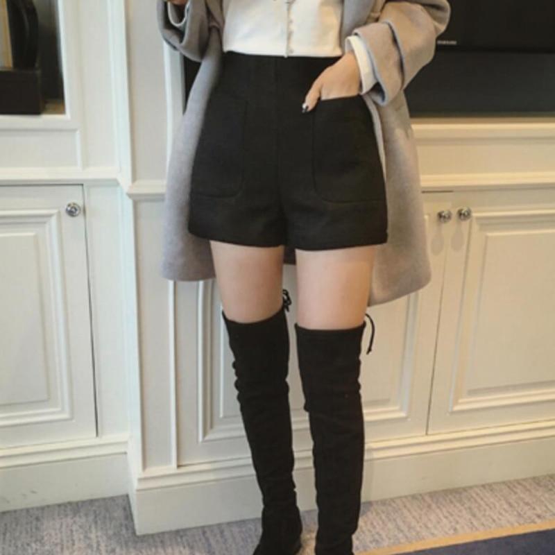 Woman thick winter shorts