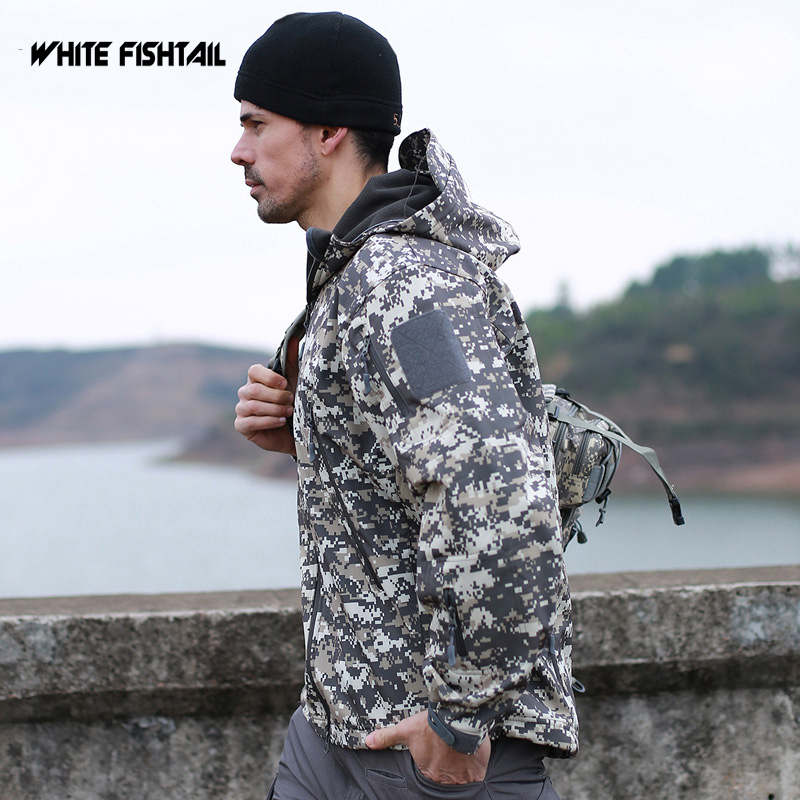 WHITE FISHTAIL Outdoor Soft Shell Jacket With Cap Waterproof Breathable Winter Sports Camouflage Ride Clothing