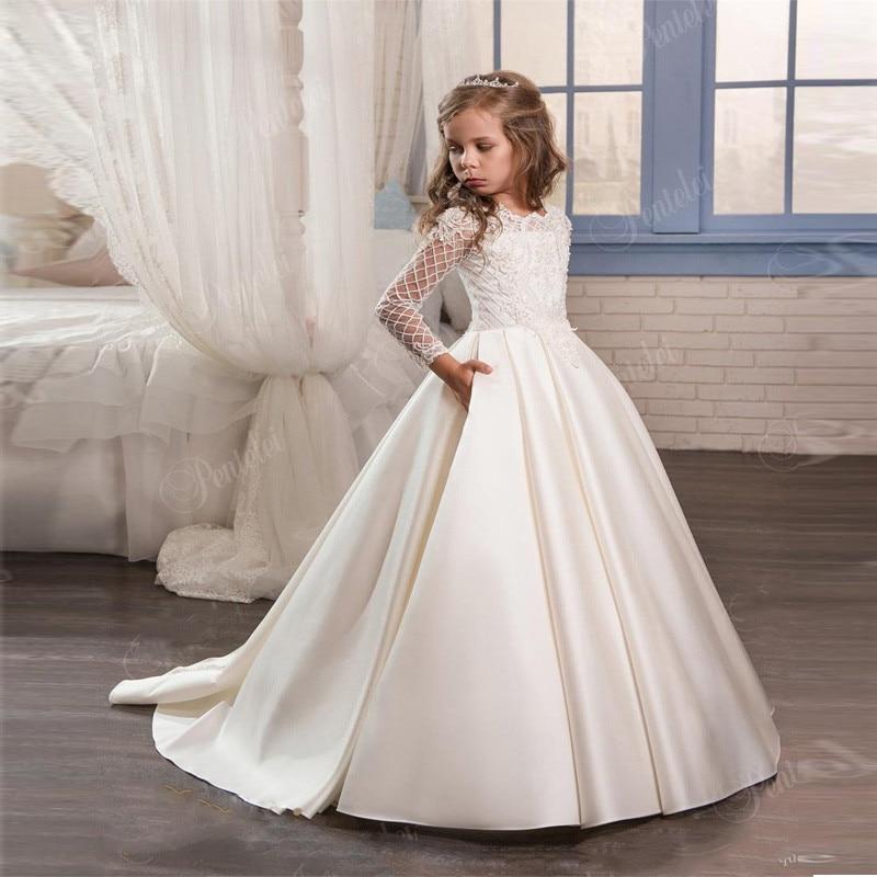 Cute 2019 Flower Girl Dresses For Weddings Ball Gown Long Sleeves Lace Beaded Long First Communion Dresses Little Girl