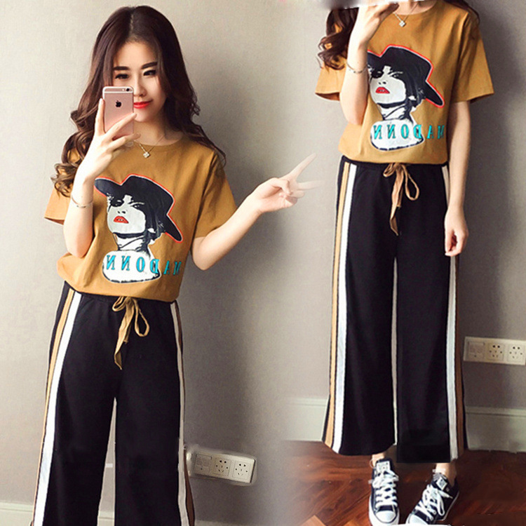 New Style Korean-style Printing Short-sleeved T-shirt + Loose Pants Casual Students Fashion & Sports Two-Piece Set