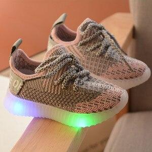 Image 2 - LED ışık ayakkabı çocuk çocuk kız spor rahat işıklı Sneakers yürümeye başlayan çocuklar için ışık örgü hava örgü öğrenci