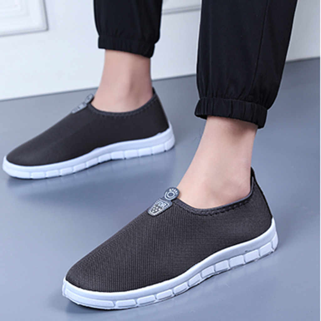 New Men's Casual Slip-On Sport Shoes Sneakers Comfortable Footwears Loafers Shoes for Men Mesh Men Sneakers Zapatillas Hombre