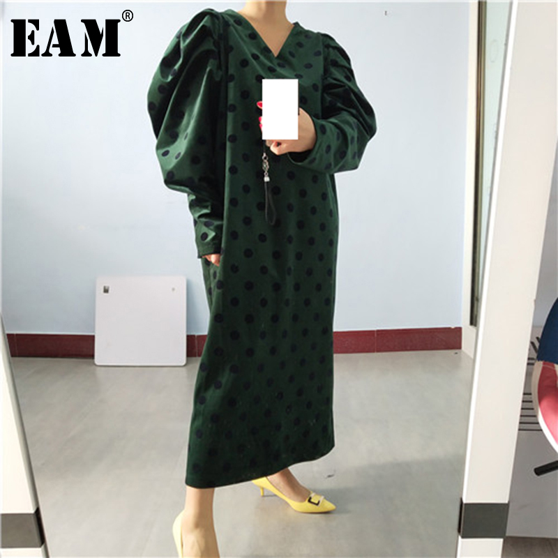[EAM] Women  Dot Printed Big Size Long Dress New V-Neck Long Lantern Sleeve Loose Fit Fashion Tide Spring Autumn 2020 1S579