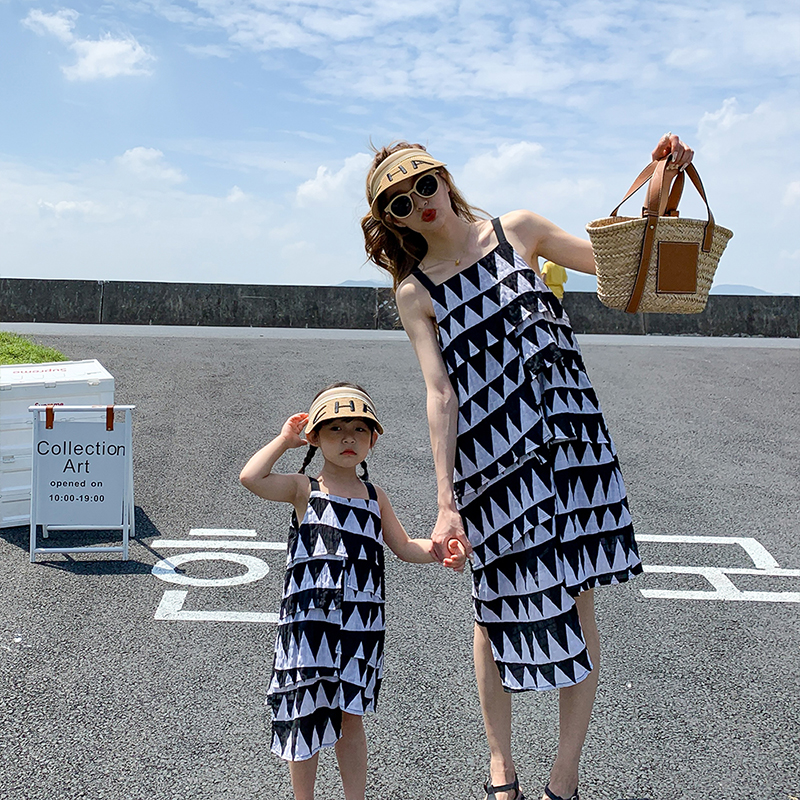 2021 Summer Mother and Daughter Dress Family Matching Outfits Vacation Beach Dress Mommy and Me Clothes