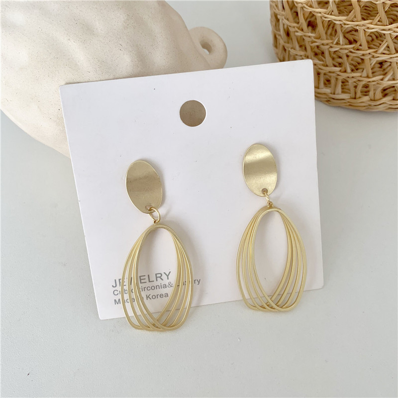 Ins Style Exaggerated Matte Gold Earrings Hollow Out European And American Metal Simple Personality Earrings Female