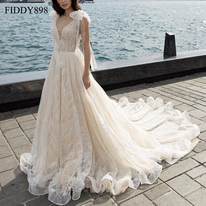 Image 1 - Lüks gelinlik 2020 V boyun şal boncuklu dantel gelinlik uzun tren şampanya gelin kıyafeti Robe de Mariee casamento
