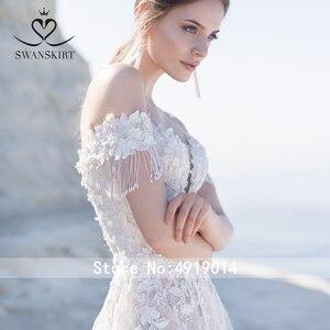Image 3 - מתוקה 3D פרחי חתונה שמלת Swanskirt אפליקציות מכתף אונליין תחרה עד נסיכת כלה שמלת Vestido דה Noiva LZ22