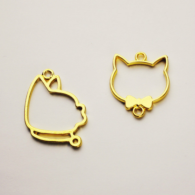 Cat With Bow Tie Open Bezel Charm Kawaii Kitty Deco Frame For UV Resin Filling Pet Jewelry DIY Setting Golden Cabochon Setting
