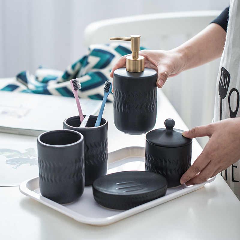 Nordic czarny ceramiczna armatura łazienkowa zestaw do mycia hotel gospodarstwa domowego dozownik mydła w płynie uchwyt na szczoteczkę do zębów mydelniczka mx6171609