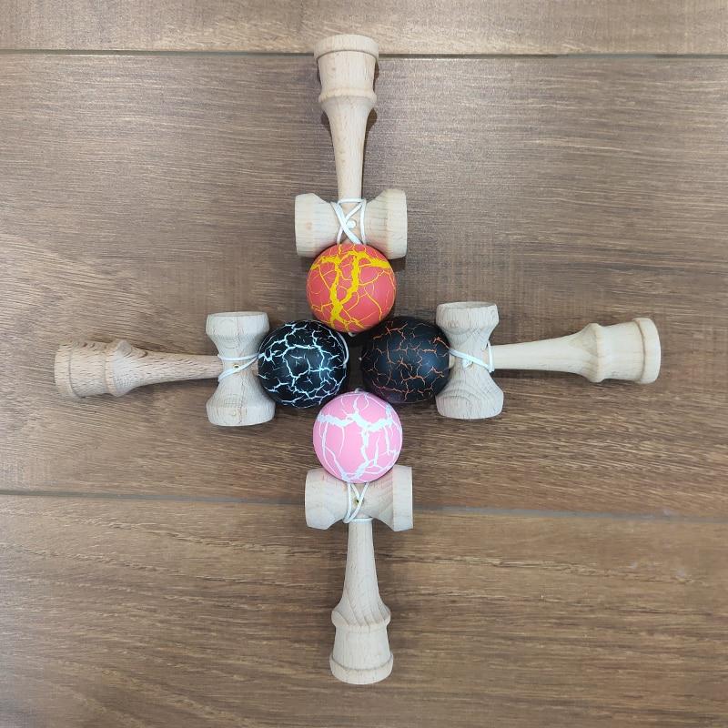 271.02руб. 20% СКИДКА|Игрушки Kendama из бука, 12 см, умелый жонглирующий мяч, детский выпуск Непоседа для снятия стресса, подарок на день рождения|Игрушечные мячи| |  - AliExpress