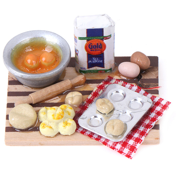1Set 1/12 Dollhouse Miniature Colorful Kitchen Food Eggs Milk Bread on Board for Kids Role Play Game Tableware Cookware