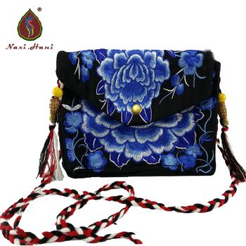 Naxi Hani Vintage Boho torby haftowane torebki damskie Canvas Messenger torby piękne dziewczyny torby tanie i dobre opinie Siodło Torby kurierskie Płótno Hasp HARD NONE NATIONAL Wszechstronny Floral Pojedyncze Brak Kieszeni Tassel as picture shown