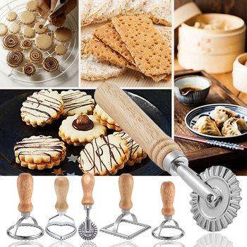 Zestaw do wycinania makaronu Ravioli prasa kuchenna zestaw do mocowania Ravioli Maker narzędzie do formowania Ravioli zestaw stempli ciasto zestaw do kół ciasto formy tanie i dobre opinie dozzlor CN (pochodzenie) Siekacze do ciasta Ekologiczne Metal CE UE Printed Cookie Pattern Cookie Cutter 2020 Zinc Alloy