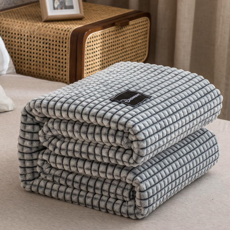 Bonenjoy Plaid for Beds Coral Fleece Blankets Gray Color Plaids Single/Queen/King Flannel Bedspreads Soft Warm Blankets for Bed-0