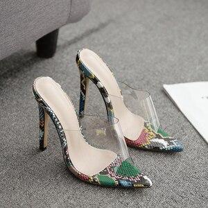 Image 5 - Kcenid sexy pvc transparente cobra impresso senhoras chinelos verão moda festa sapatos de salto alto gladiador slides sandálias